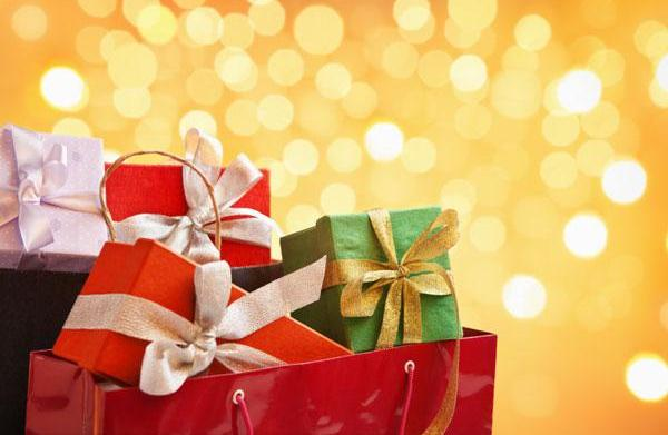 Top 10 gifts for newlyweds