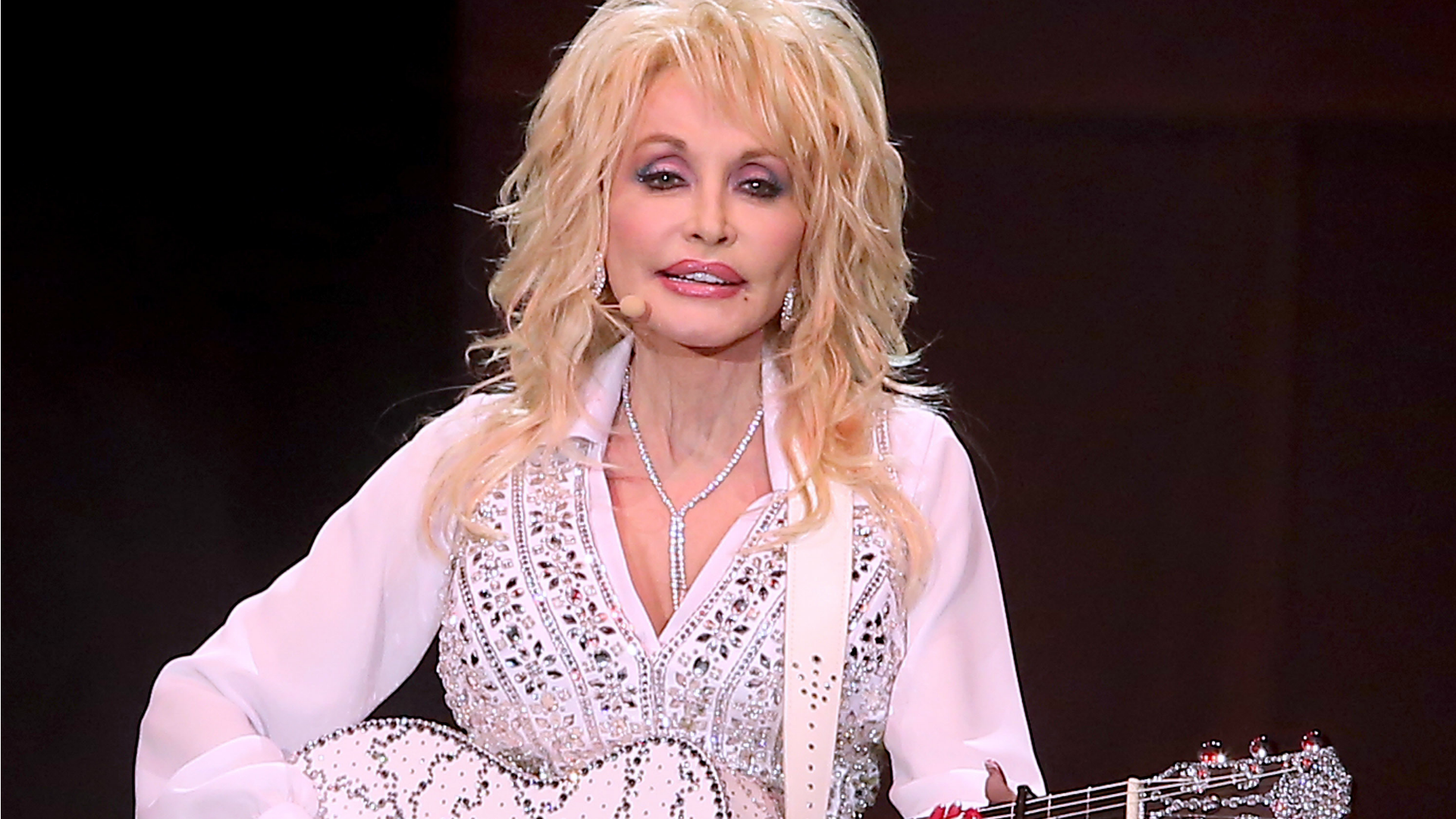Dolly Parton reveals that her husband isn't a fan of her music