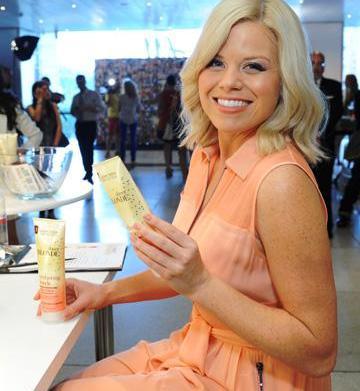 Megan Hilty talks blond moments, beauty