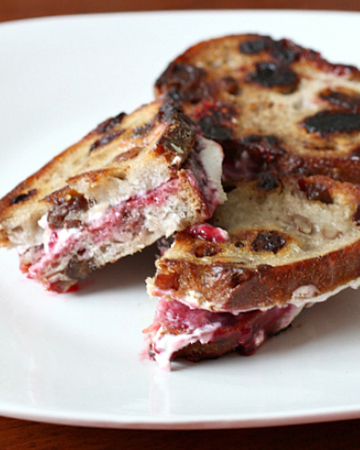 Fromage blanc with raspberry preserves grilled cheese recipe