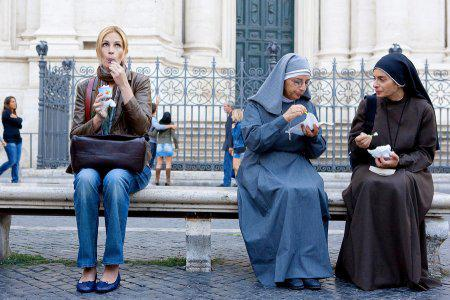 Julia Roberts dishes Eat Pray Love
