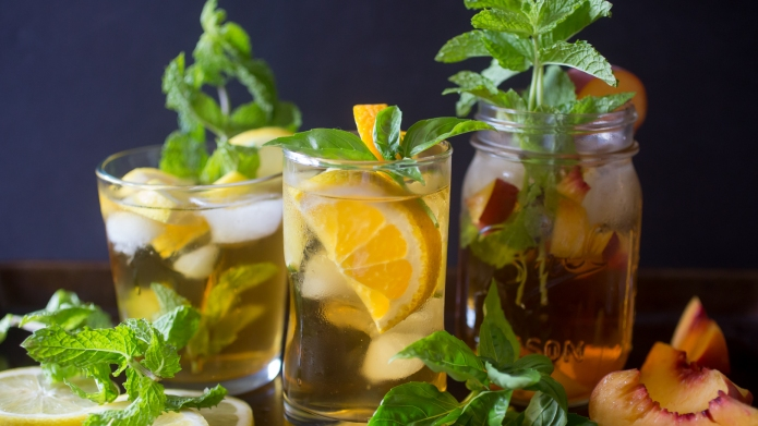 3 Sweet tea cocktails that give