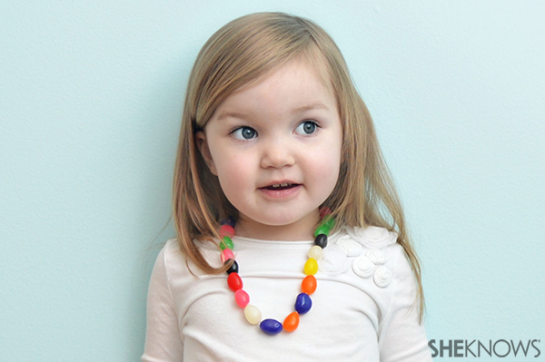Easter candy craft jelly bean necklace | Sheknows.com