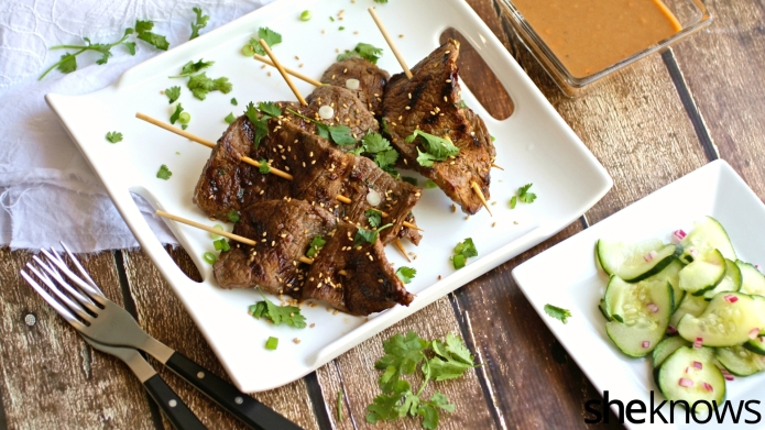 Beef satay with cucumber salad: An