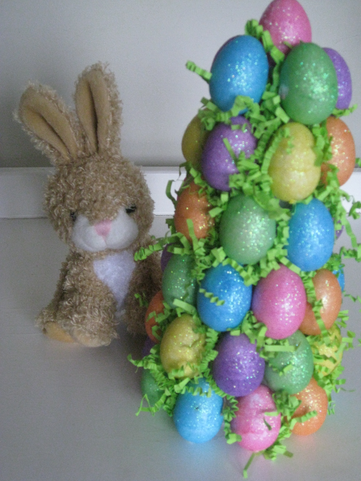 Easter egg tree craft by Sweet Floweret