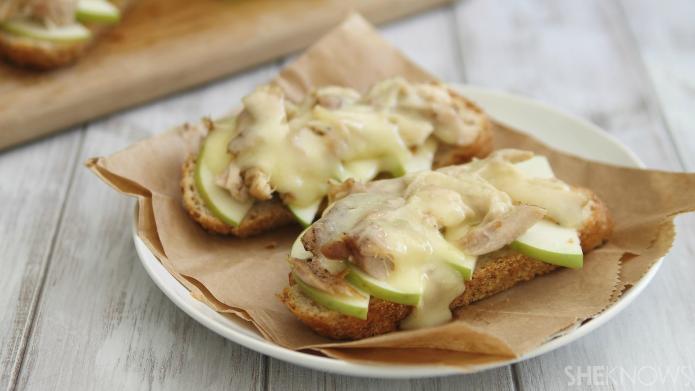 Apple chicken cheddar melts