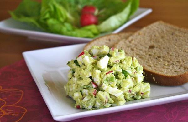 Meatless Monday: Avocado egg salad recipe