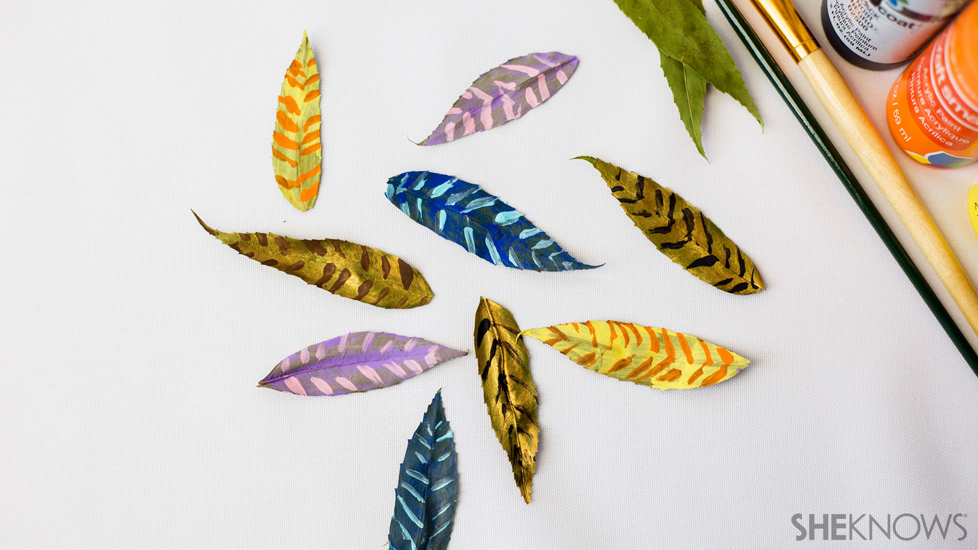 Leaft feather craft | Sheknows.com