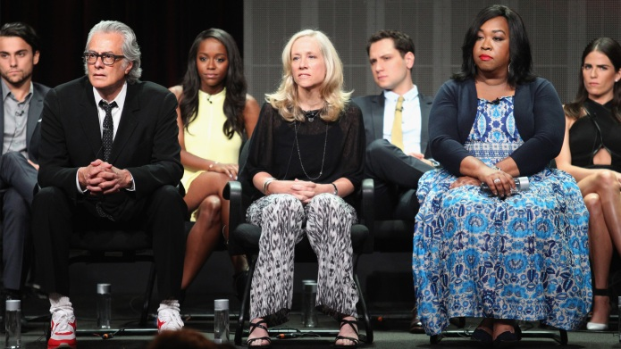 Shonda Rhimes reacts perfectly to racist