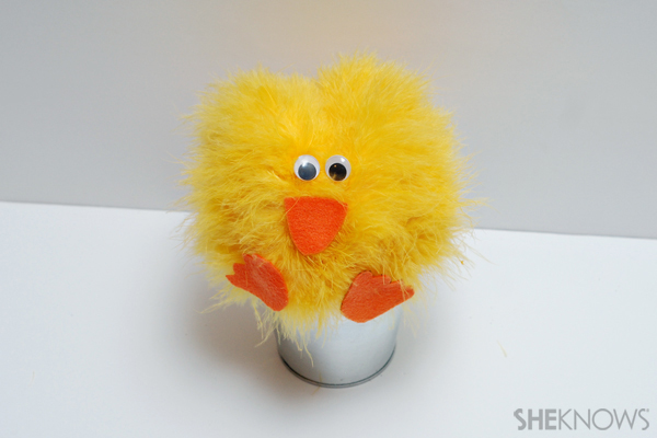 Feathery chick Easter craft