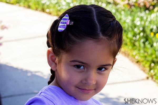 Felt Easter egg hair clip | Sheknows.com