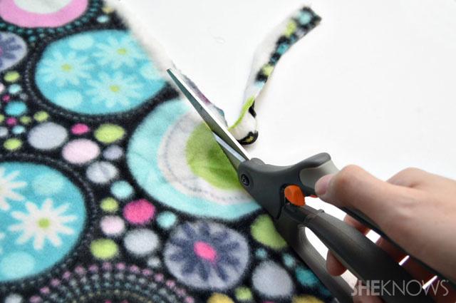 No-sew fleece scarf step 1