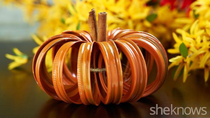 Make this adorable pumpkin centerpiece using