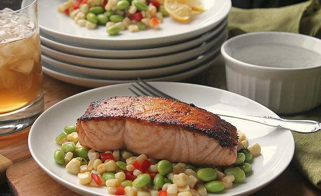 Pan-seared salmon with corn and edamame