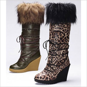 Stuart Weitzmans Rebooting Faux Fur Trimmed Rain Boot