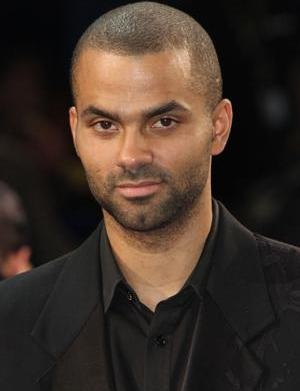 Tony Parker caught in Drake and