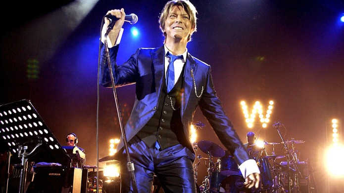 Baftas 2016 remembered David Bowie in
