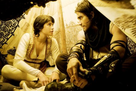 Gemma Arterton and Jake Gyllenhaal in Prince of Persia