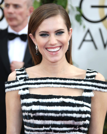 Get the look: Allison Williams makeup at the 2014 Golden Globes