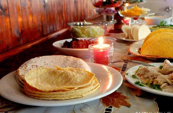 Family dinner night: Taco bar
