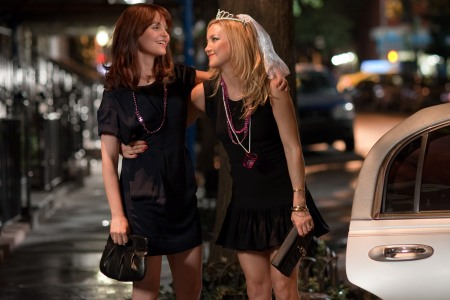 Ginnifer Goodwin and Kate Hudson in Something Borrowed