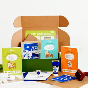Kiwi Crafte Holiday Gift Crate