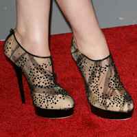 Ginnifer Goodwin's Peoples Choice Awards style - sheer sequined heels