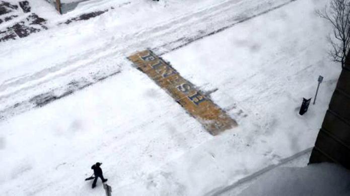 Pics of mystery man shoveling snow