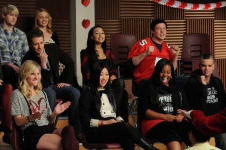 Glee rocks Valentine's Day on Silly Love Songs