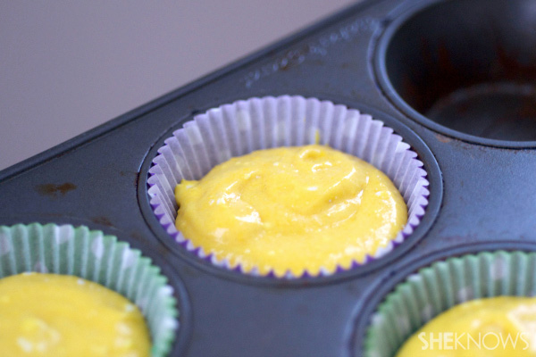 Tye dye Mardi Gras cupcakes