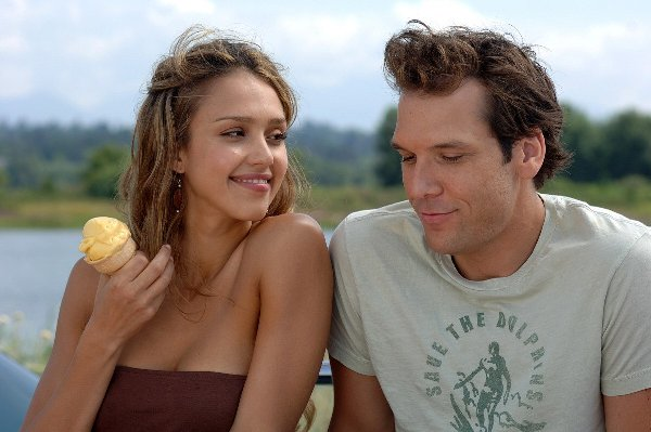 Jessica Alba and Dane Cook in Good Luck Chuck