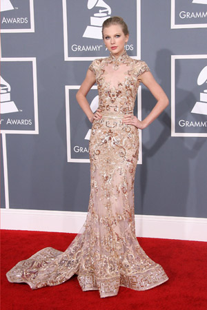 Taylor Swift Best Dressed at the 2012 Grammy Awards
