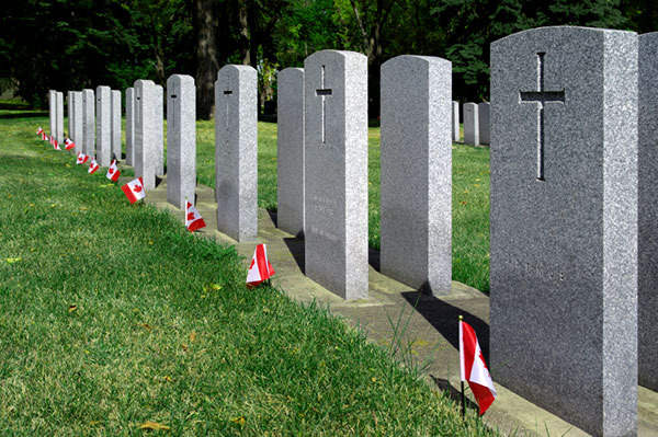 Graves pf Canadian military veterans | Sheknows.ca