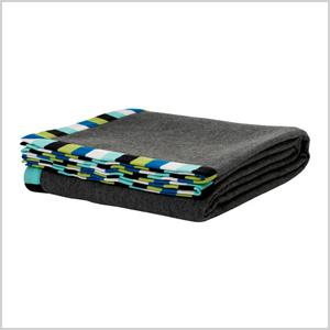 Eivor gray blanket