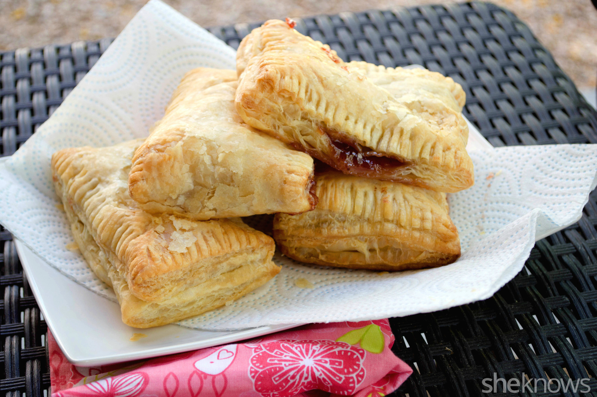 guava hand pies