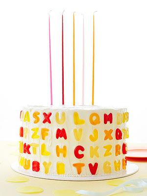 Gummy letter message cake