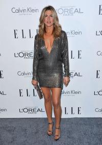 Jennifer Aniston, Barbra Streisand honored at
