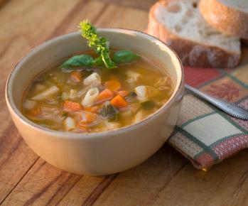 Pressure Cooker Vegetable Pasta Soup