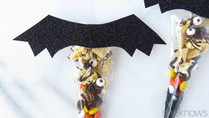 DIY Chex treat bag gives Halloween