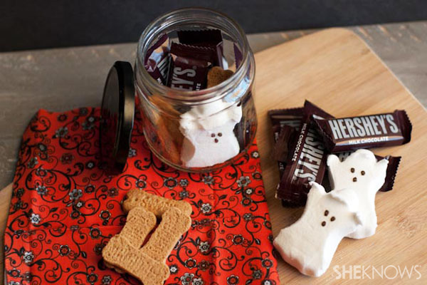 3 homemade Halloween treat jars