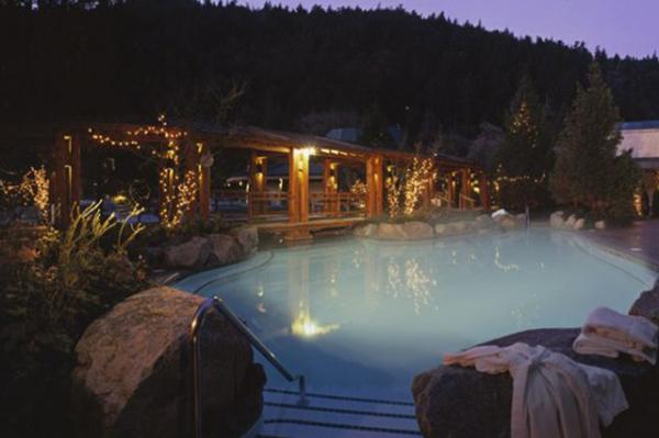 Harrison Hot Springs Resort and Spa, British Columbia | Sheknows.ca