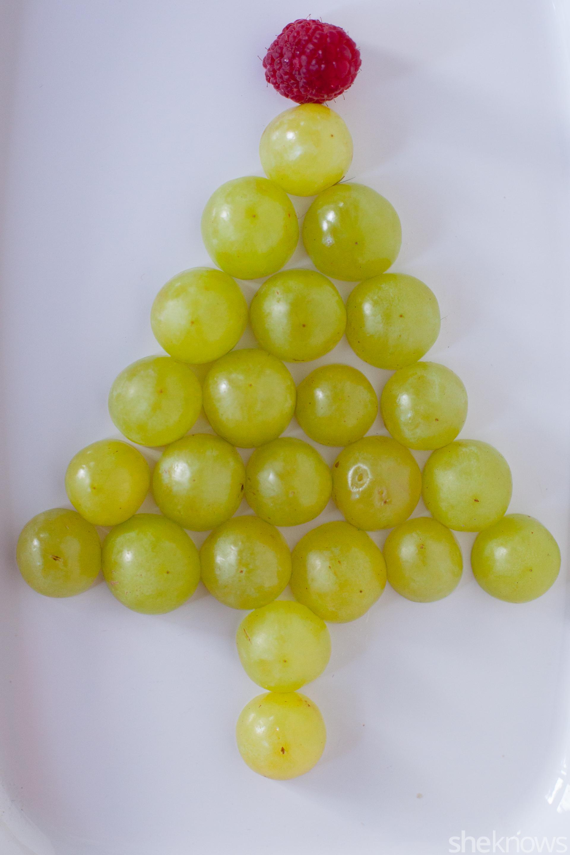 green-grape-christmas-tree-snack