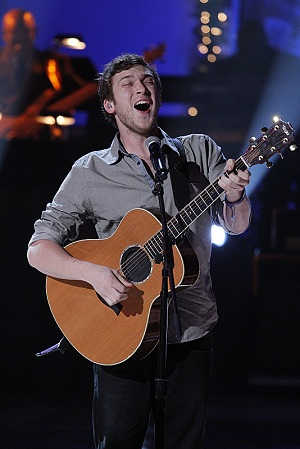 Phillip Phillips on A Home for the Holidays