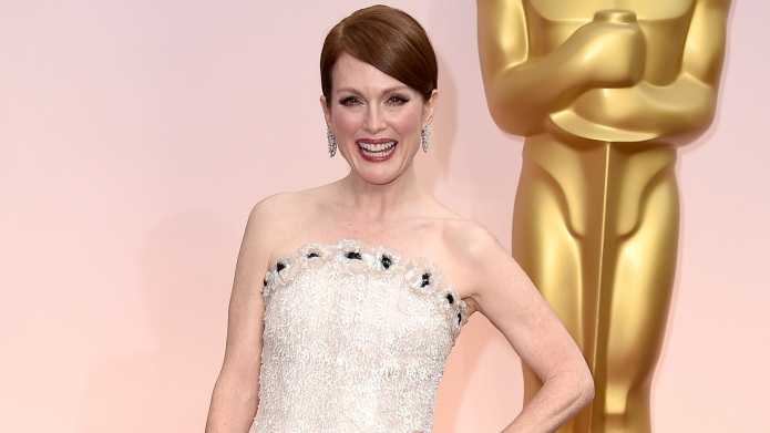 7 Celebs use the Oscars red