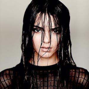 Just like big sis! Kendall Jenner