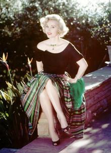 Zsa Zsa Gabor slips into 'a