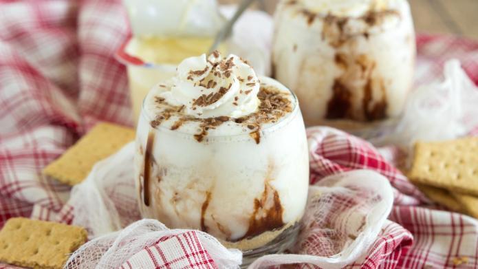 Skinny pie-inspired smoothies for bikini season