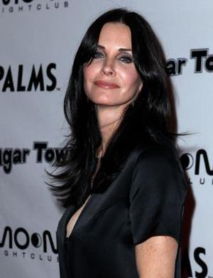 Cougar Town gets naked for TBS