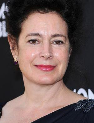 Sean Young wants an apology from