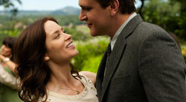 Jason Segal and Emily Blunt - The Five-Year Engagement